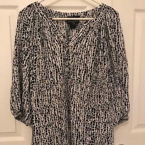 1X Black and White Womens Blouse